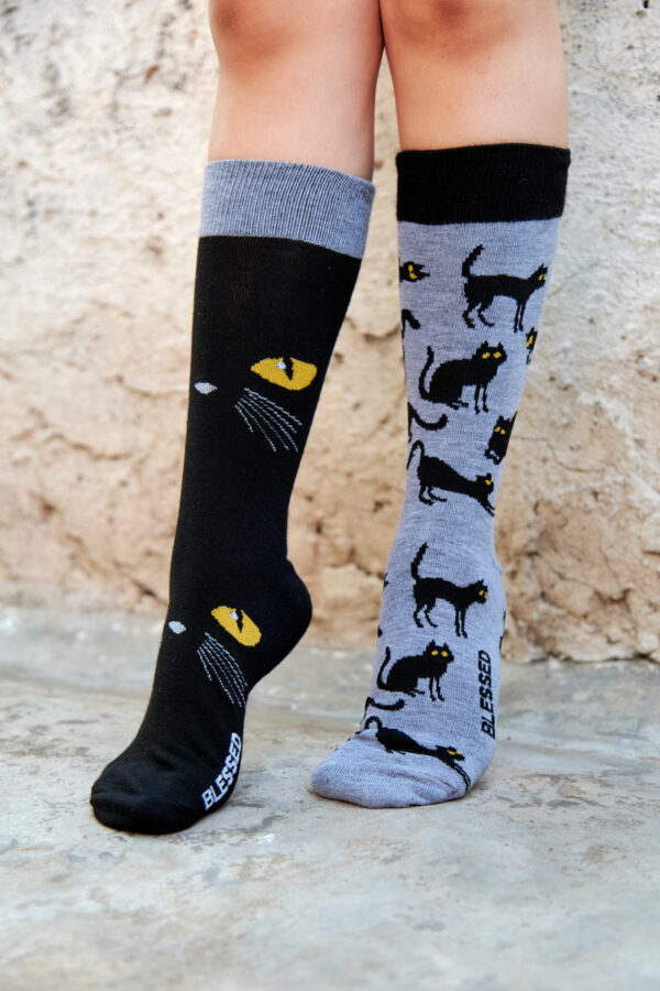 calcetines de gatos negros