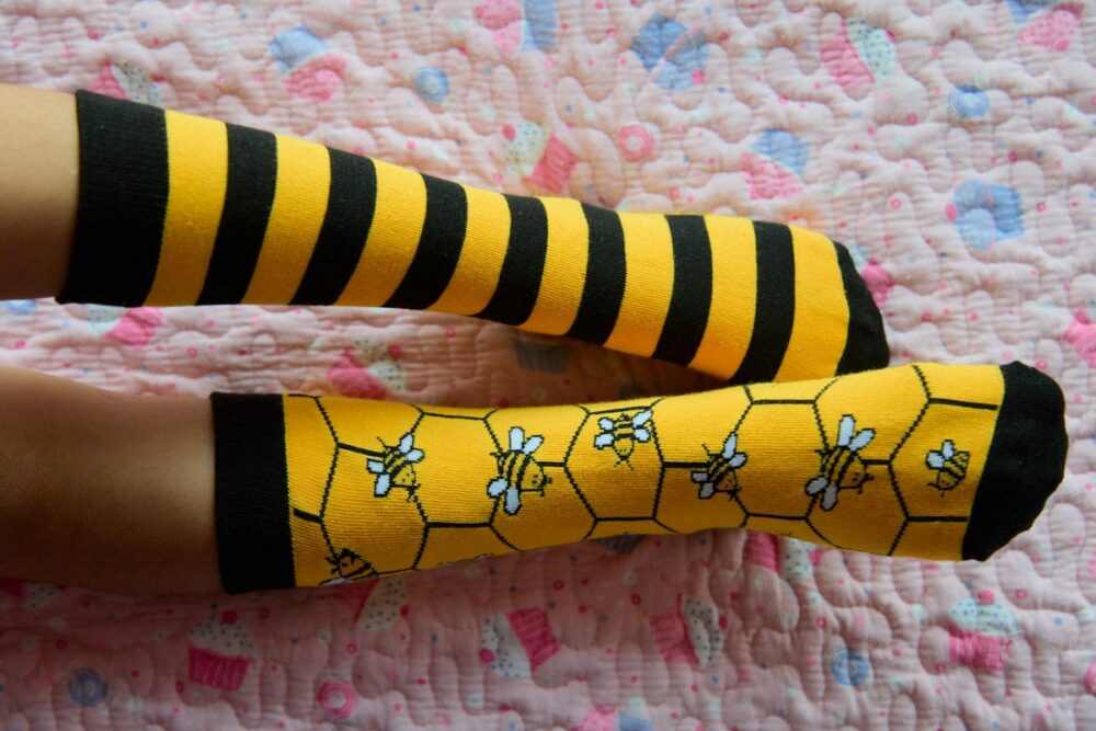 calcetines de abejas